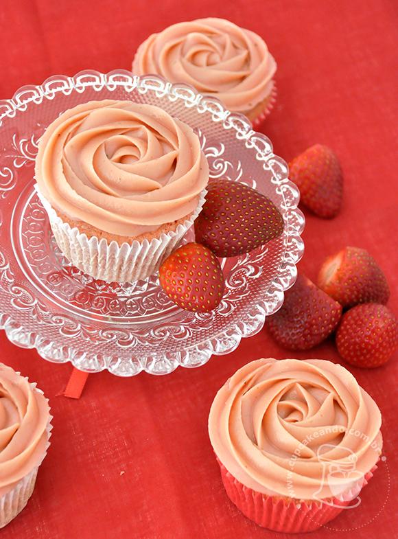 cupcake_morango_brigadeiro_morango