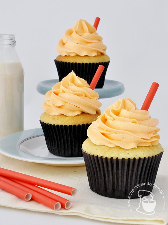 cupcakes_baunilha_oleo