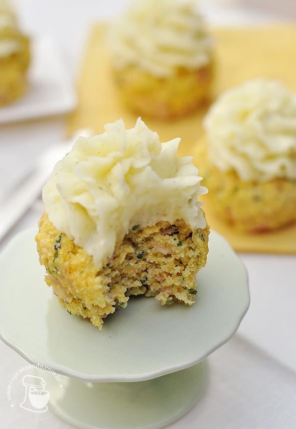 cupcakes_peito_peru_salgado3
