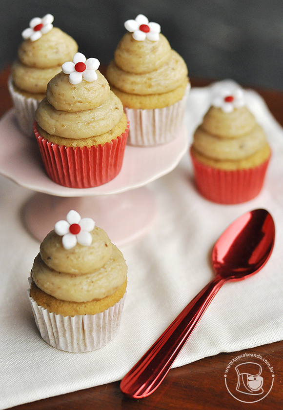 mini_cupcakes_acucar_mascavo_brigadeiro_nozes
