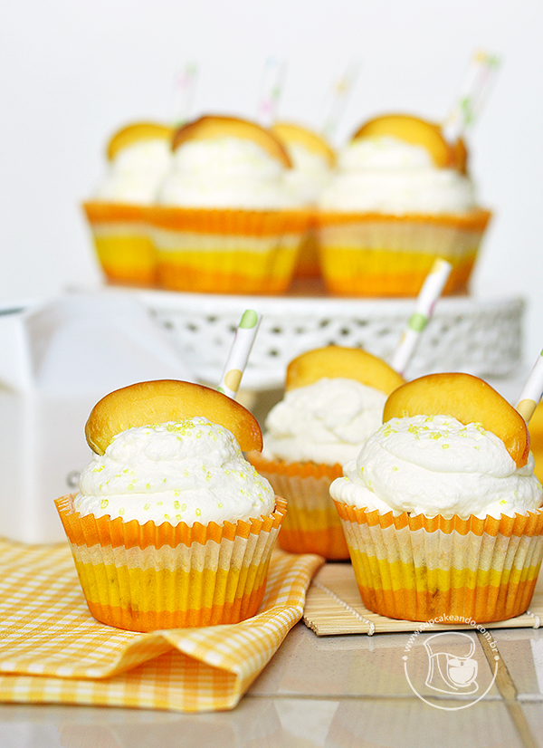 cupcakes_pessego_chantilly