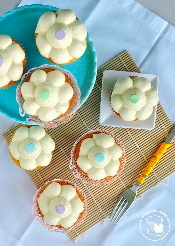 Cupcake de doce de leite com cobertura de buttercream
