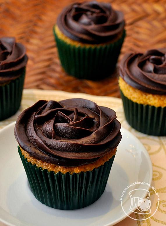Cupcakes de cenoura estilo brasileiro